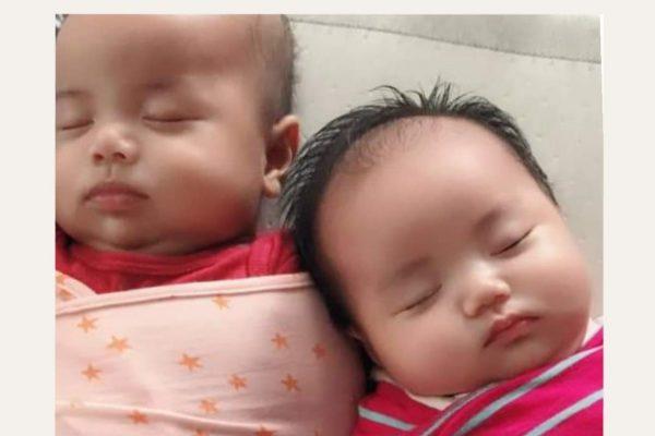 Sinh đôi, theo easy và tự ngủ không khó... 5