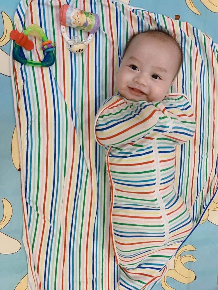 Bé sinh đôi tự ngủ như thế nào? Chuyện nhà mẹ Vân Anh 7