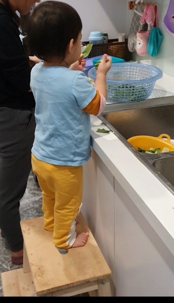 Bám mẹ - Nhõng nhẽo - giai đoạn trên 1 tuổi 6